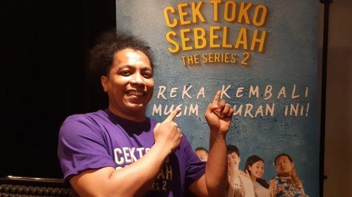 Kembali Sutradarai Cek Toko Sebelah The Series 2, Ini yang Dirasakan Arie Kriting