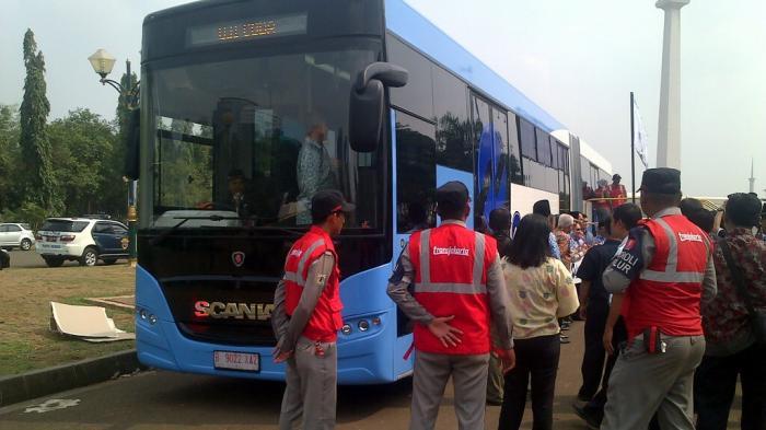 Logo Baru dan Warna Biru Hanya untuk Bus Transjakarta Baru
