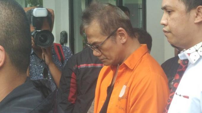 Tio Pakusadewo Konsumsi Sabu Selama Sepuluh Tahun