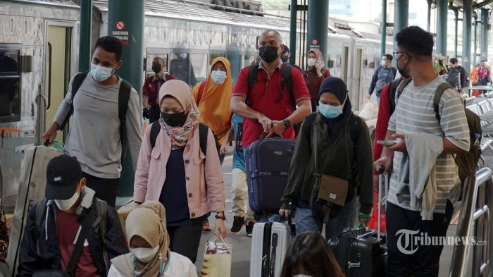 Selama Larangan Mudik, 1.000 Penumpang Lakukan Perjalanan dengan KA Jarak Jauh