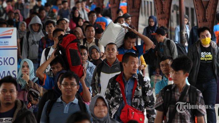 Kisah Para Perantau Baru di Jakarta: Demi Masa Depan
