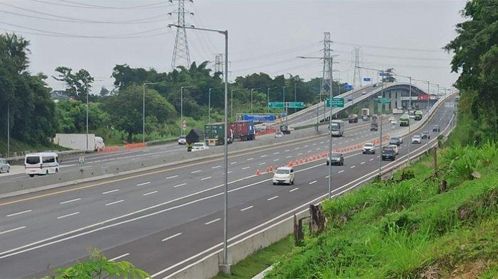 Hari pertama Tahun Baru atau 1 Januari 2021, PT Jasa Marga (Persero) Tbk mencatat sebanyak 106.058 kendaraan menuju Jakarta.