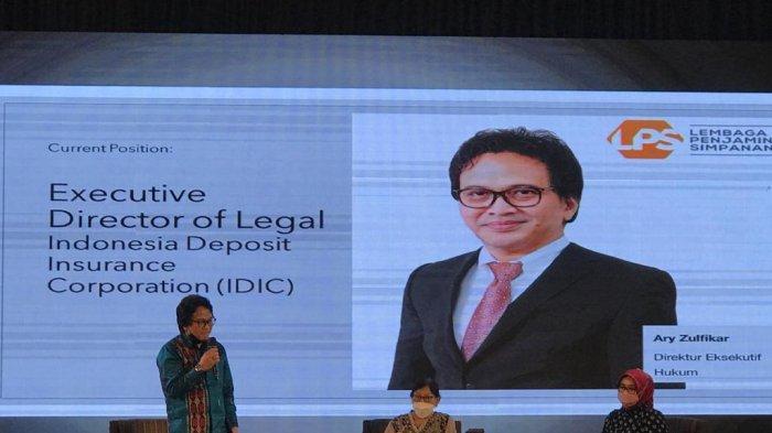 Direktur Hukum LPS Bagikan Pengalaman Tangani Kasus Hukum Perbankan Lewat Sebuah Buku