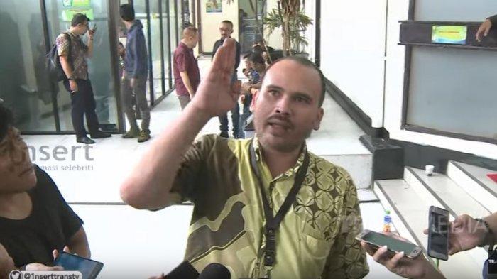 Arya Claproth Gugat Cerai Sejak 8 Oktober 2019, Cium Aroma Perselingkuhan Karen Idol