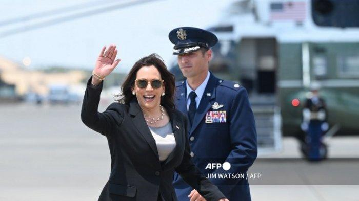 Pesawat yang Dinaiki Kamala Harris ke Guatemala Putar Balik setelah 30 Menit, Ada Masalah Teknis