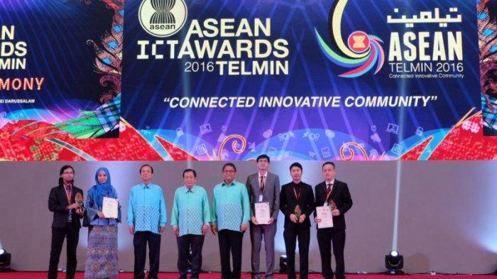 Menkominfo Saksikan Cubeacon Terima Penghargaan Gold Winner Asean ICT Awards 2016