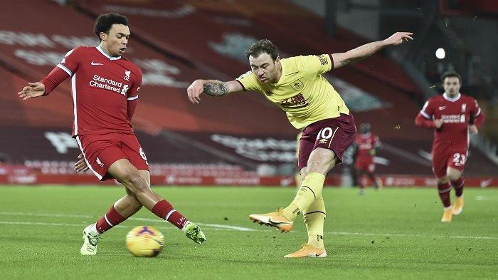 HASIL Liga Inggris, Gol Penalti Barnes Tumbangkan Liverpool, Keangkeran Stadion Anfield Ambyar