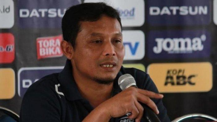 Asisten Pelatih tak Permasalahkan Sejumlah Pemain Arema FC yang Absen di Latihan Perdana