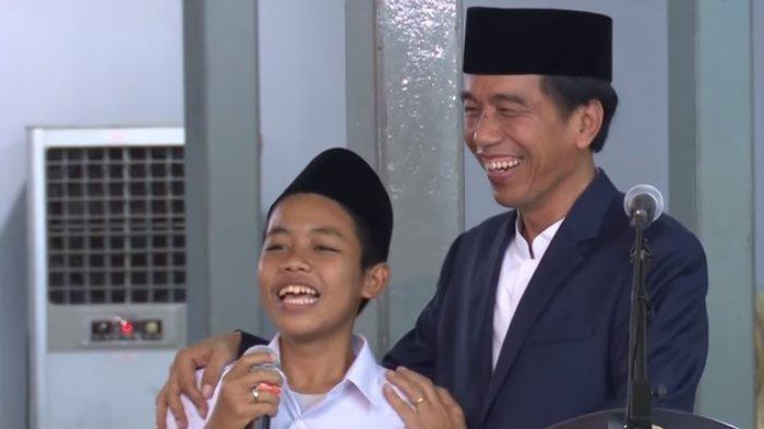 Kisal Pilu Kehidupan Muhammad Askal Santri yang Viral Meramal Prabowo Jadi Menteri Jokowi