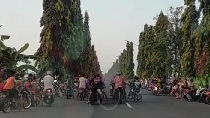 Viral Video Aksi Balap Liar saat Ngabuburit di Tuban, 2 Remaja Terkapar Akibat Kecelakaan