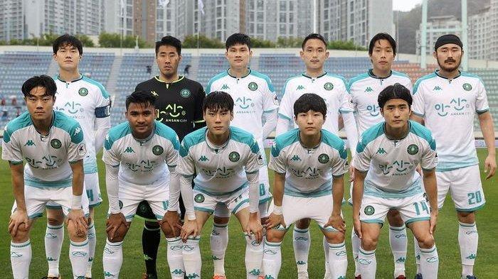 Pemain timnas Indonesia, Asnawi Mangkualam, kembali masuk skuad Ansan Greeners saat menghadapi Busan IPark pada pekan kelima Liga Korea 2
