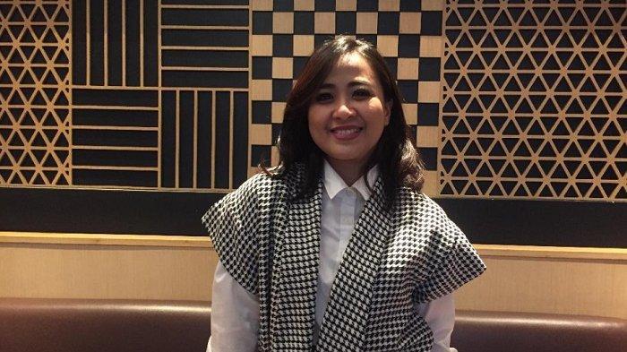 Astrid Sartiasari ditemui di kawasan Senayan, Jakarta Pusat, Jumat (12/4/2019).