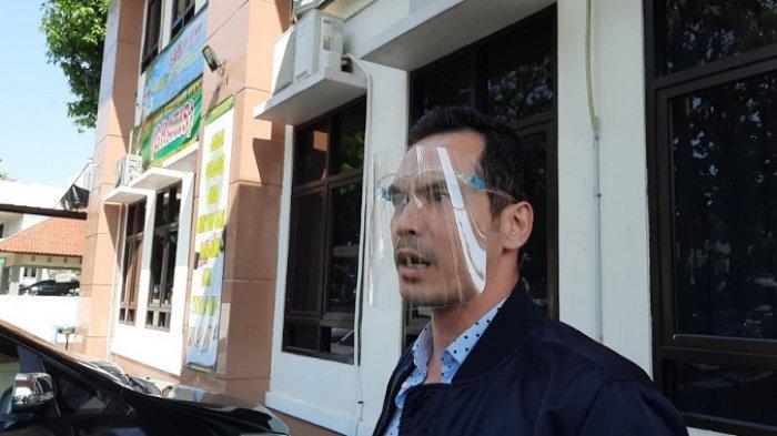 Atalarik Syach ditemui di Pengadilan Agama Cibinong, Kabupaten Bogor, Jumat (17/7/2020).