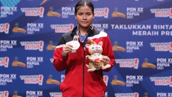 Hasil Bulu Tangkis PON XX Papua 2021: Komang Ayu Cahya Dewi Sumbang Medali Perak Untuk Bali