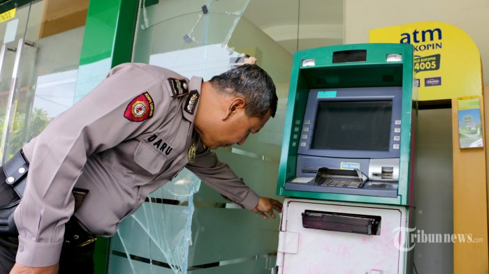 Bank Bukopin Sebut Tarik Uang Tunai di ATM Tidak Ada Masalah