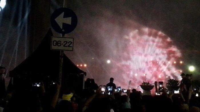 Melihat Atraksi Water Screen dan Video Mapping dalam Acara Jakarta Night Festival