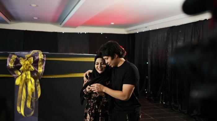 Selain Mobil, Atta Halilintar Hadiahkan Lagu Ucapan Ulang Tahun untuk Aurel Hermansyah