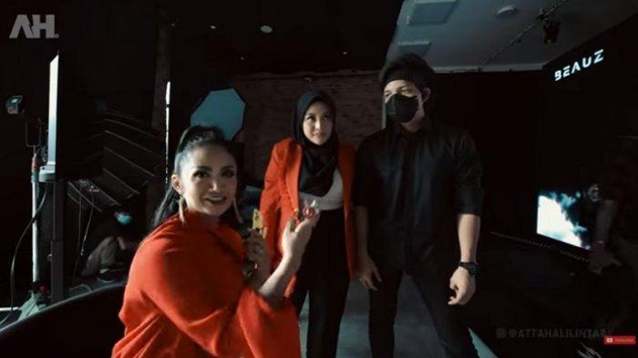 Krisdayanti, Aurel, dan Atta Halilintar.