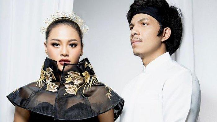 Lirik dan Chord Gitar Lagu Hari Bahhagia - Atta Halilintar & Aurel Hermansyah: I'm Gonna Marry You