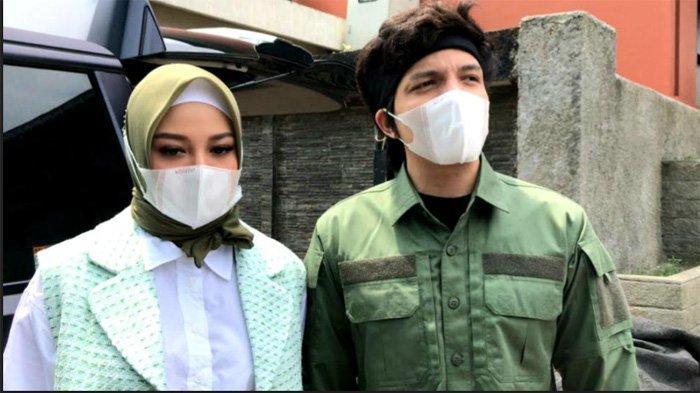 Atta Halilintar Mengaku Bahagia, Aurel Hermansyah Kenakan Hijab Demi Turuti Permintaan Suami?