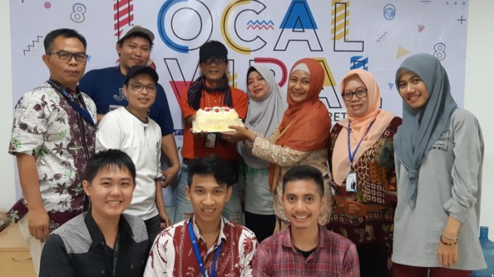 Karyawan Philips Lighting Sengaja Bikin Cake Spesial ke Redaksi Tribunnews