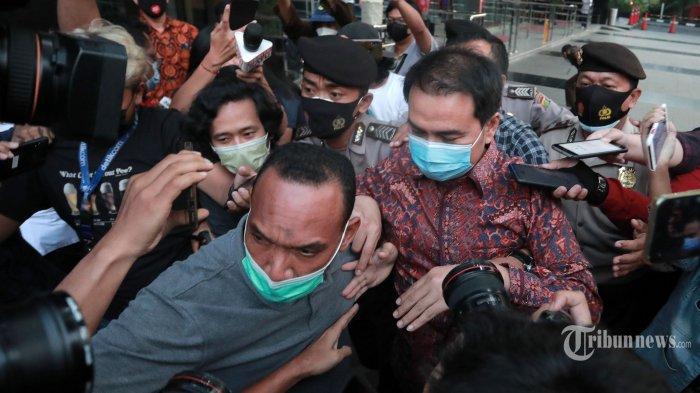 Kasus Suap Penyidik, Azis Syamsuddin Diperiksa KPK 9 Jam, Bungkam saat Ditanya Wartawan