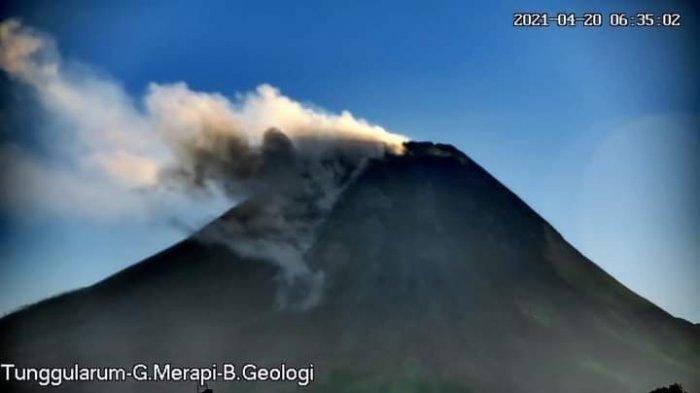 Awan panas guguran Merapi tanggal 20 April 2021 pukul 06.31 WIB tercatat di seismogram dgn amplitudo max 39 mm dan durasi max 118 detik. Jarak luncur ±1.500 m ke arah barat daya.