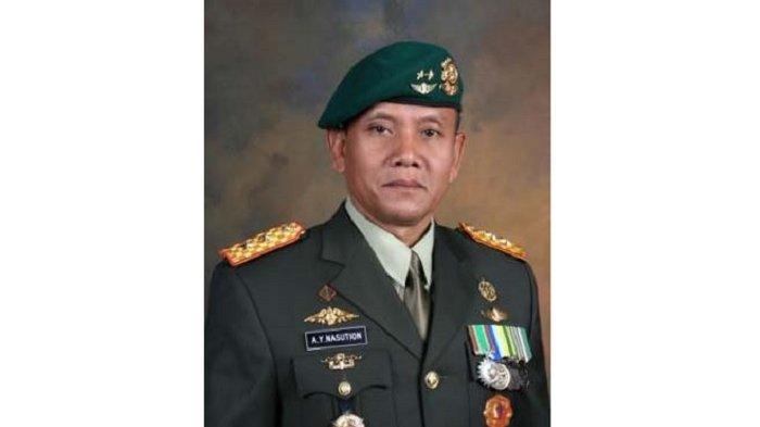 Profil AY Nasution, Eks Jenderal TNI yang Disebut Bongkar Patung Diorama G30S di Museum Kostrad