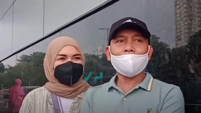 Respons pihak Ayu Ting Ting setelah keluarga haters siap polisikan orang tuanya.