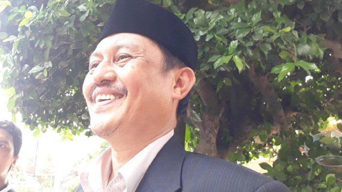 Ayah Fadel Islami Rakhmat saat ditemui usai akad nikah anaknya di kawasan Benda, Tangerang, Jumat (26/4/2019).