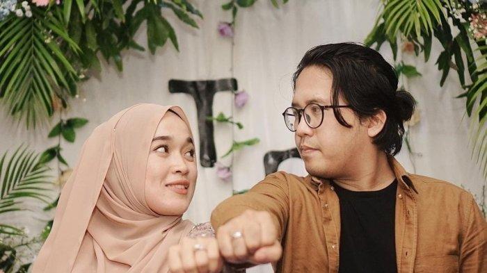 Keyboardis Sabyan Gambus, Ayus diisukan selingkuh dengan Nissa, Fadhilla Nova singgung posisi kakak ipar.