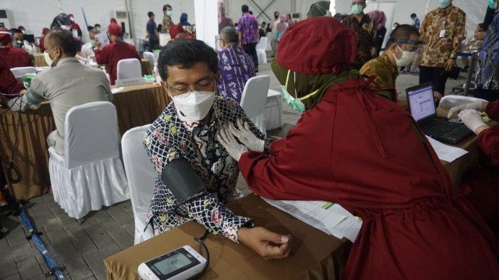 Tahapan vaksinasi Covid-19 di lingkungan Badan Kepegawaian Negara