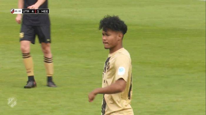 Bagus Kahfi Tampil Gacor Borong Dua Gol saat Bawa Jong Utrecht Libas Klub Belgia 5-2