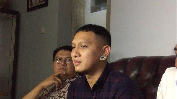 Bagus Permadi, anak sulung Nunung, saat ditemui di kediaman ibunya, kawasan Tebet Timur, Jakarta Selatan, Senin (12/8/2019).