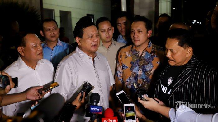 Mondar-mandir di RSPAD Setelah Temui Wiranto, Prabowo Subianto Juga Besuk Kivlan Zen