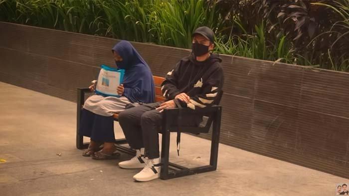 Pernah Maki-maki Tim Baim Wong karena Tak Ditolong, Ibu Ini Akhirnya Bertemu Suami Paula Verhoeven