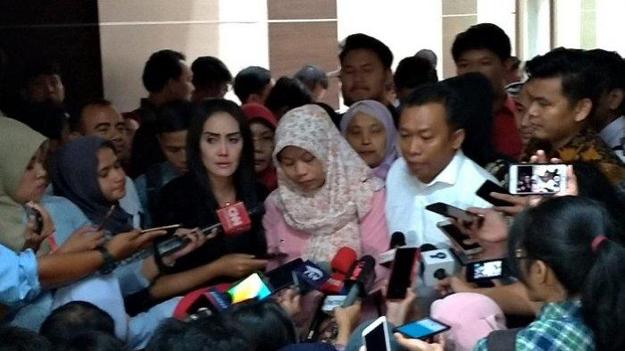 Baiq Nuril di Ruang Rapat Komisi III DPR, Senayan, Jakarta, Rabu (24/7/2019).
