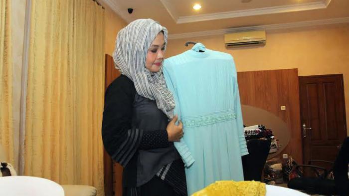 Iriana Jokowi Pesan Baju Muslim Sederhana untuk Pernikahan Sang Putra Sulung