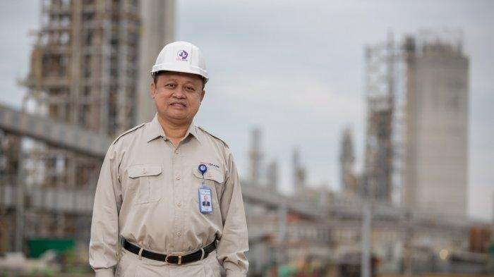 Dirut Pupuk Indonesia Bakir Pasaman, Raih Best CEO Award 2021 Kategori Petrochemical