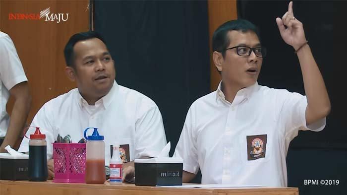 Cerita Beddu Di Balik Ucapan 'Bakso Pakai Akhlak' Wishnutama, Sang Menteri Minta Ini Jam 11 Malam