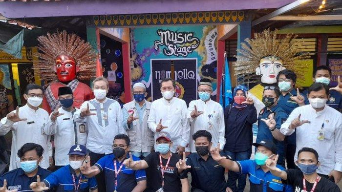 Bale Buku Kelurahan Dukuh Jakarta Timur Membangun Minat Baca