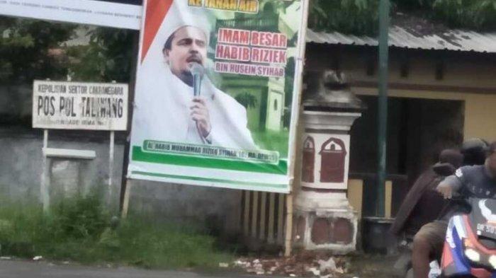 Baliho Bergambar Rizieq Shihab Tidak Diturunkan, Begini Penjelasan Satpol PP Kota Mataram