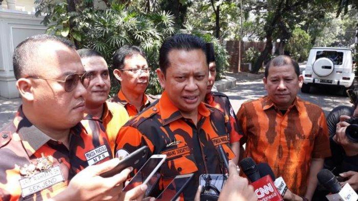 Wakil Ketua Umum Pemuda Pancasila (PP) Bambang Soesatyo di kediaman Ma'ruf Amin di Jalan Situbondo, Menteng, Jakarta Pusat, Rabu (11/9/2019).