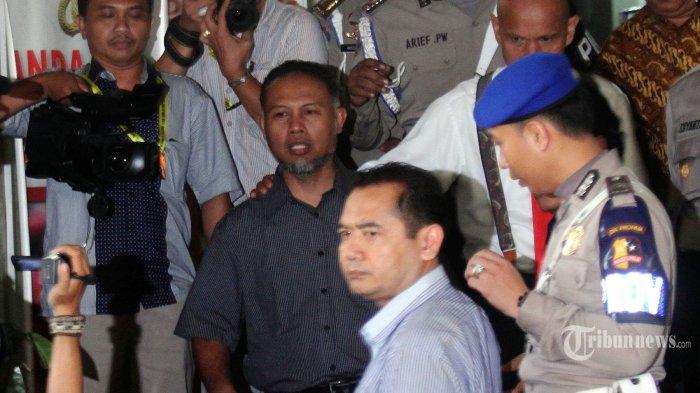 Polisi Sengaja Bikin Simpang Siur Penahanan untuk Membungkam BW