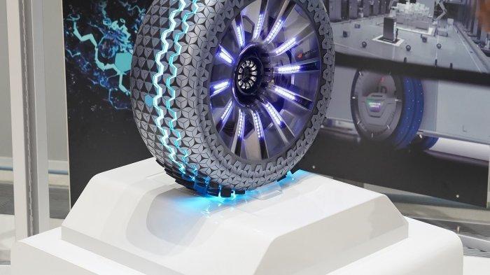 Ban inovatif dari Hankook Tire saat dipamerkan di ajang Essen Motor Show 2018.