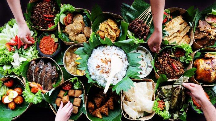 Menikmati Kelezatan Nasi Bancakan Ala Hotel Santika Premiere Bintaro