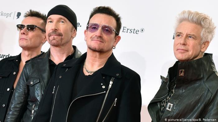 Lirik Lagu dan Chord Gitar dan With or Without You - U2
