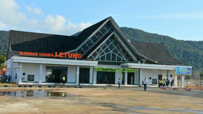 Bandara Letung di Kabupaten Anambas, Kepulauan Riau.