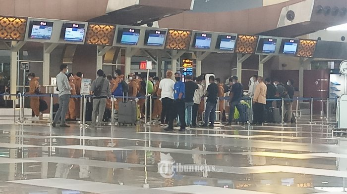 300 Orang Staf Bandara Soetta Terima Vaksinasi Covid-19