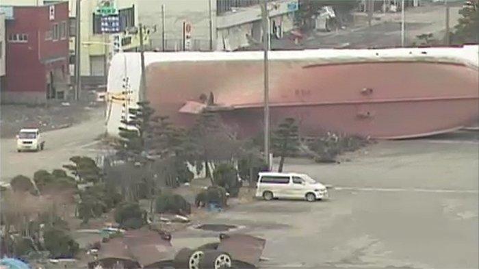 Kementerian Infrastruktur Jepang Mulai Menata Bangkai Kapal Dampak Tsunami 10 Tahun Lalu